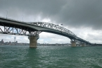 Nový Zéland - Auckland: Harbour Bridge