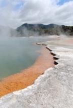 Nový Zéland - Rotorua: Wai-o-tapu termální prameny